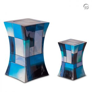Glasfiber urnen, diabolo blauw.