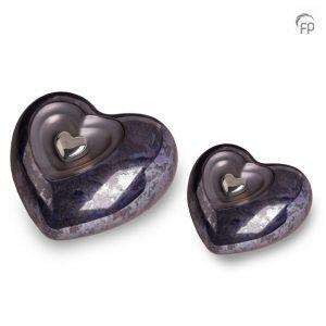 Keramische hart urnen, olie blauw met magnetisch afneembaar zilver hart
