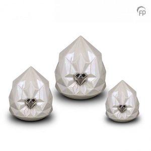 Keramische urnen wit kristal met zilveren hart set