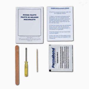 vulsetje bestaat uit: trechtertje, permabond lijm, speciale schroevendraaier,kleine spatel